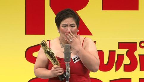 ゆりやんレトリィバァがピアノや書道で多才!!TEPPENでも優勝する腕前だった?