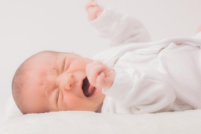 赤ちゃんが鼻づまりで母乳を吐く原因とは?鼻づまりはなぜ起こすか?