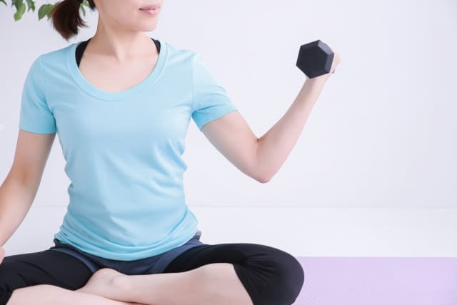 二の腕の引き締めに効果的なサポーターの選び方