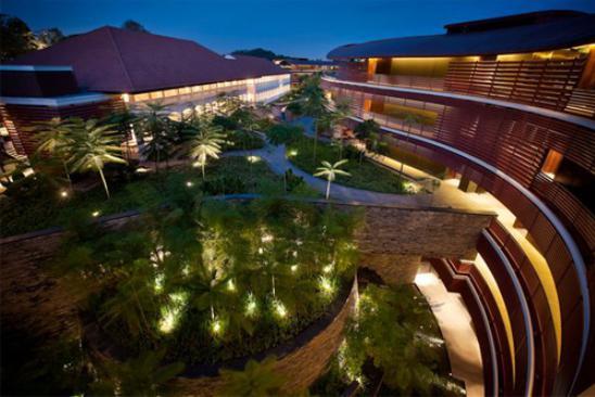 米朝会談のセントーサ島のホテル!カペラシンガポールとは?